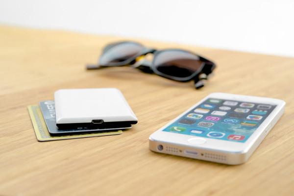 Nova-Wireless-iPhone-Flash-13
