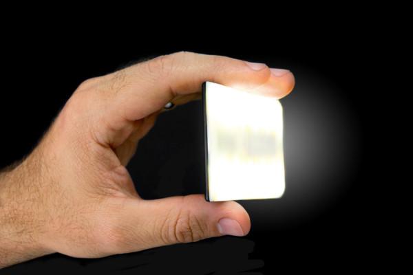 Nova-Wireless-iPhone-Flash-8c