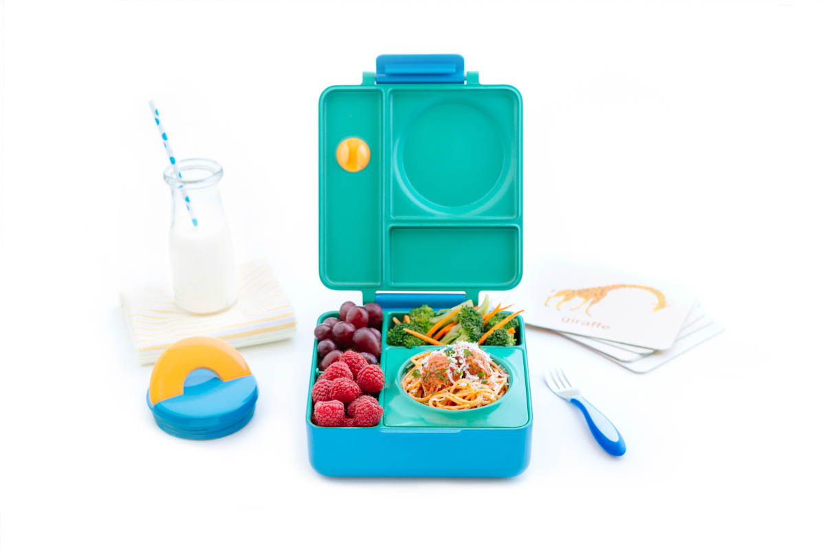 kids lunch boxes omiebox the healthier lunch box for design milk 13361