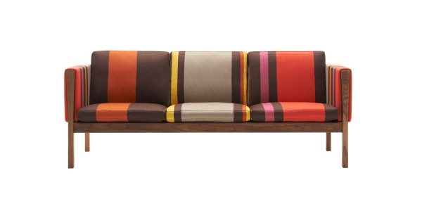 CH163 Sofa - Big Stripe - Poppy