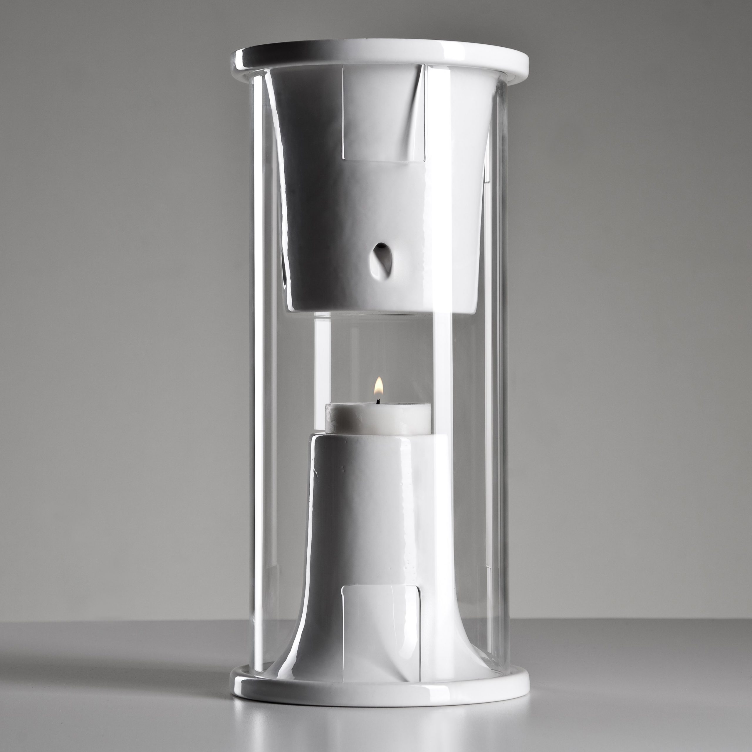 The Pelty Is An Unusual Bluetooth Speaker Powered By Candlelight