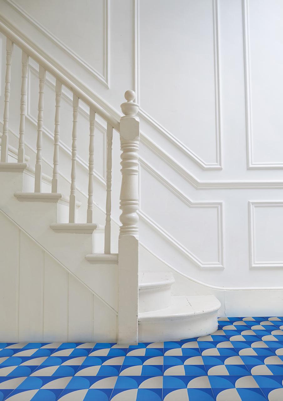 Tile-Floors-6-Lindsey-Lang-Tile-Scallop_Encaustic