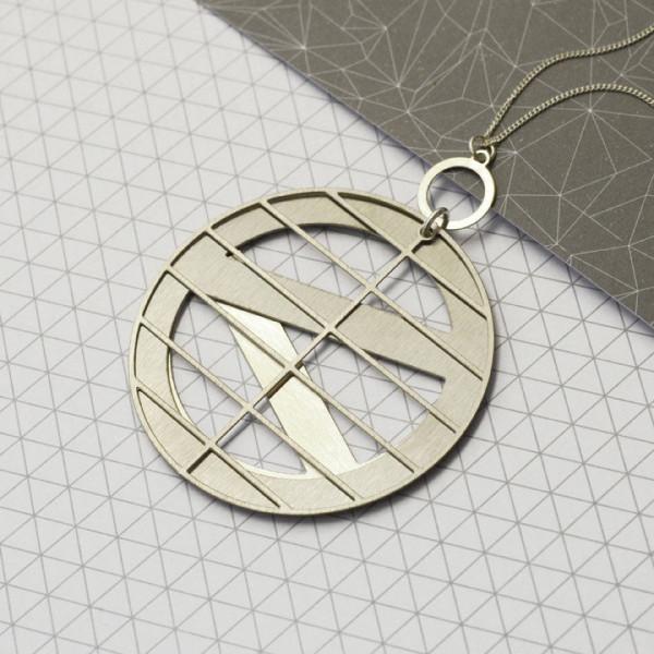 assembly-necklace