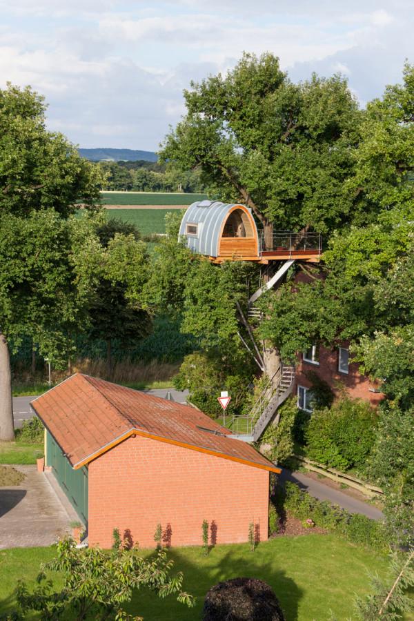 baumraum-Treehouse-Around-the-Oak-2