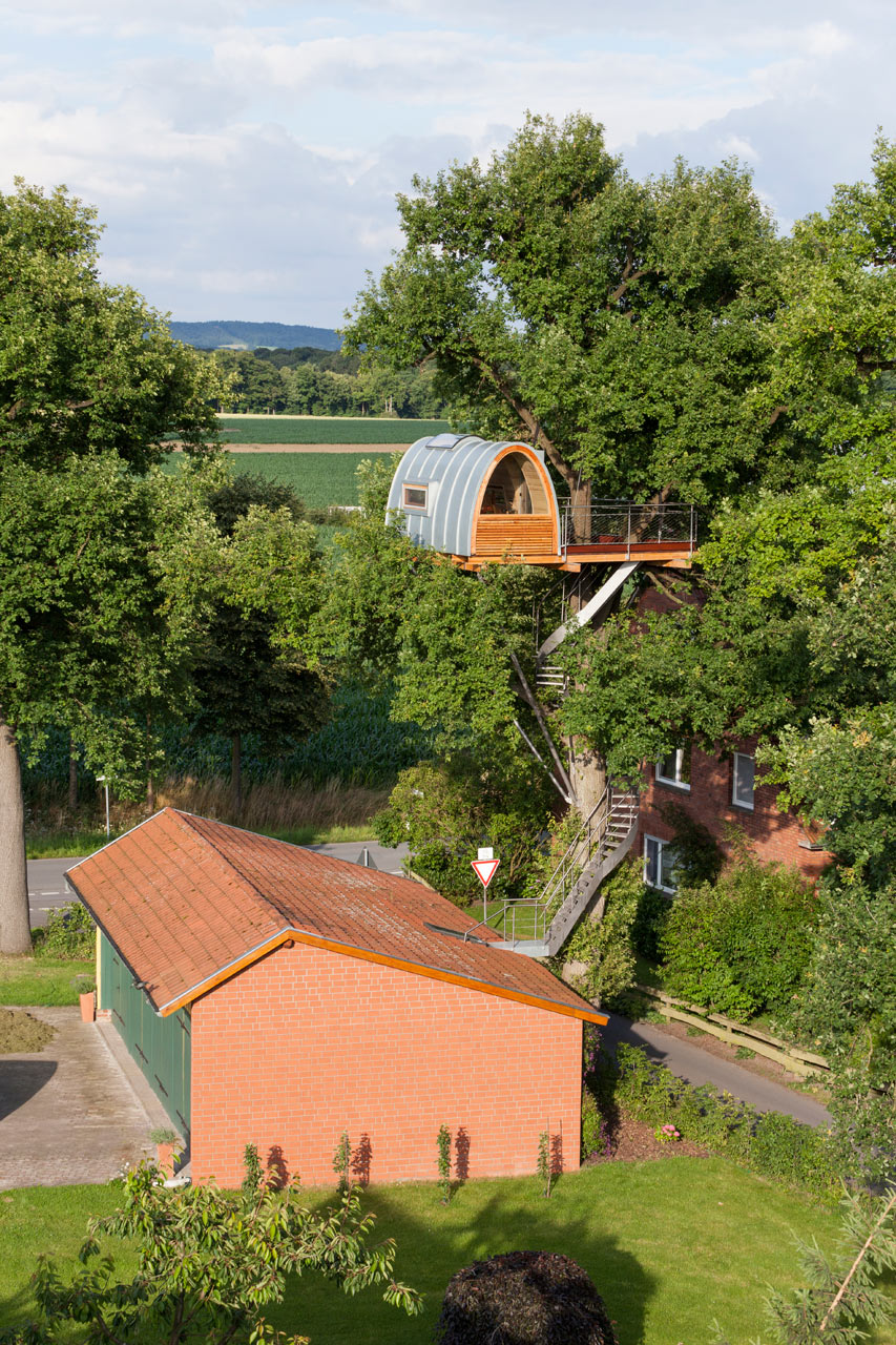 baumraum-Treehouse-Around-the-Oak-2