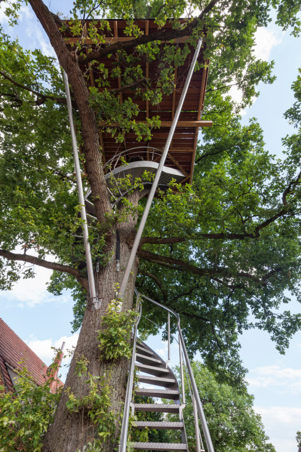 baumraum-Treehouse-Around-the-Oak-4