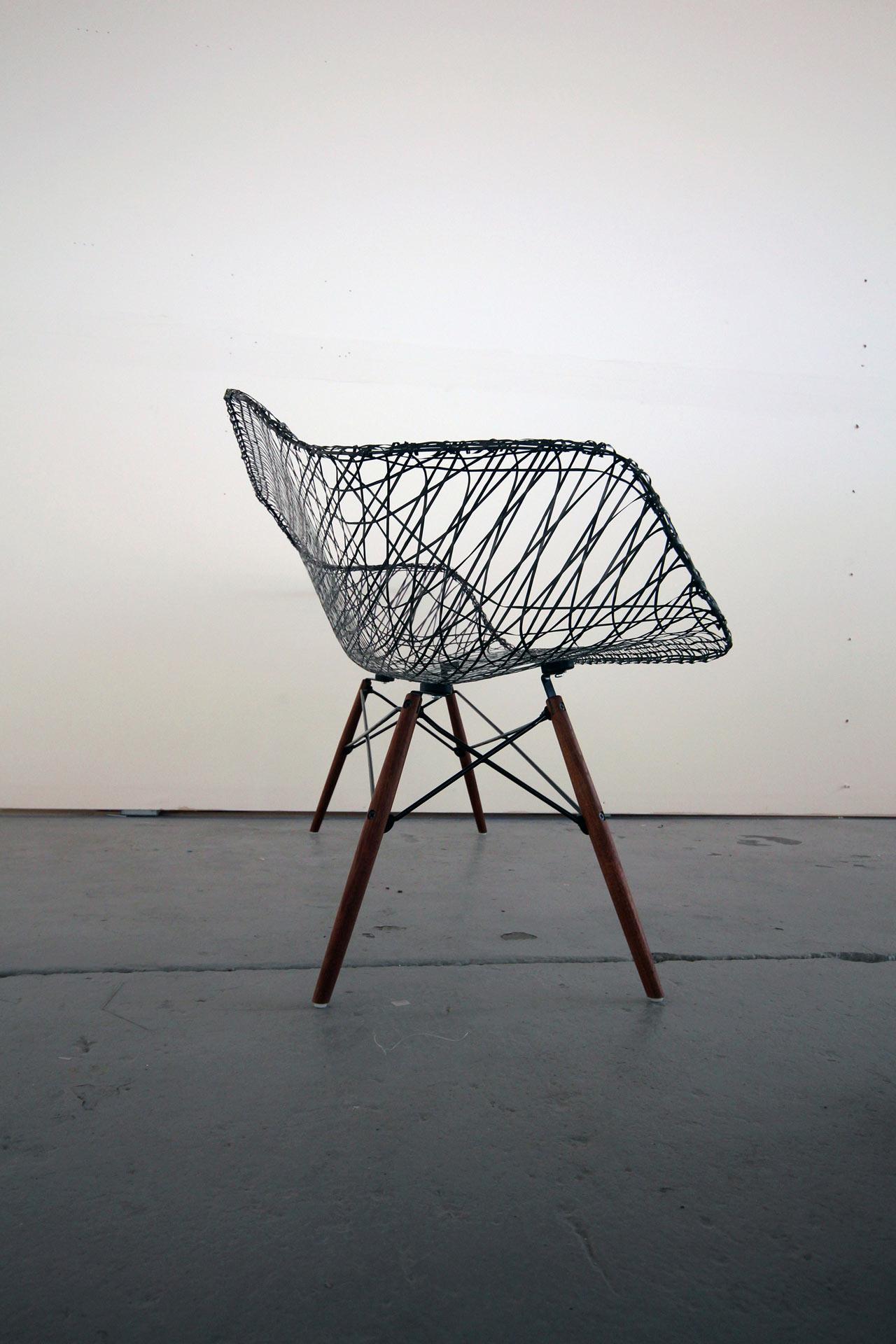 carbon-fiber-eames-sofa-5