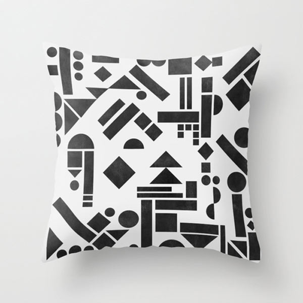 geometric-pillow-black-white-shapes