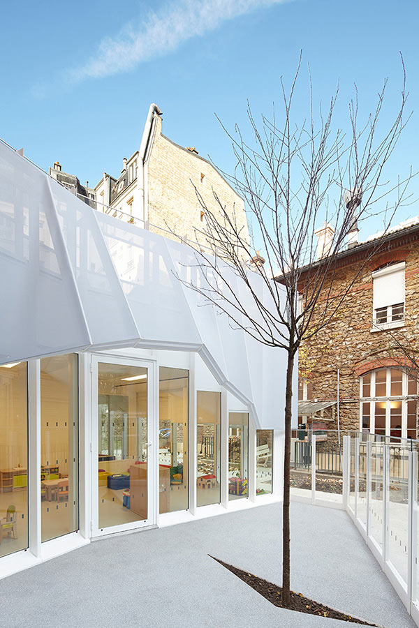 Epée de Bois Nursery by h2o architectes in main architecture  Category