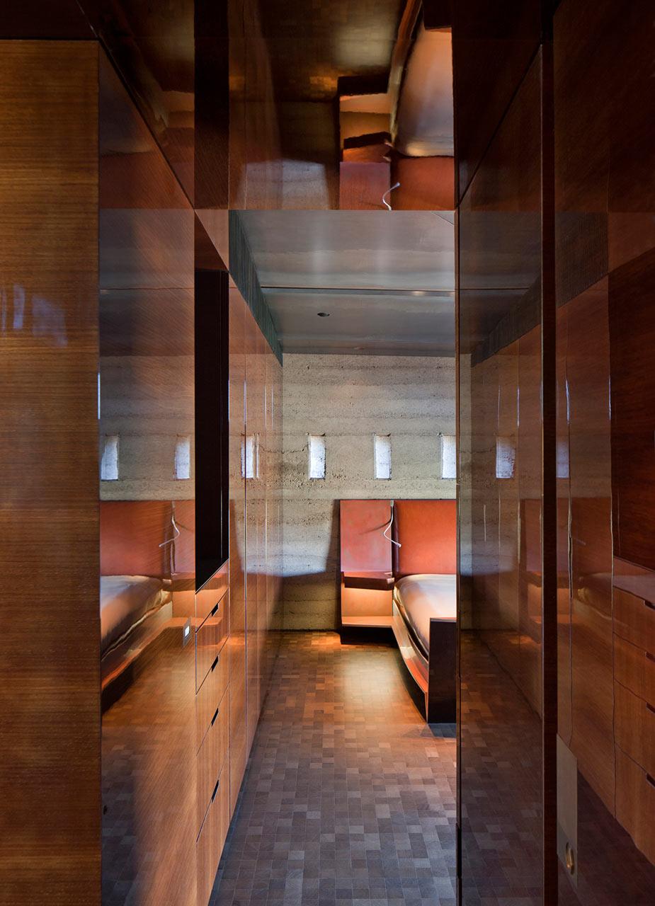 Desert-Courtyard-Wendell-Burnette-Architects-11