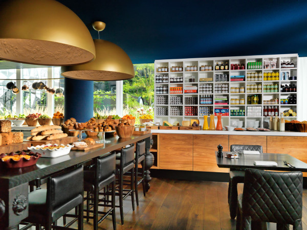 Destin-Andaz-Amsterdam-Wanders-8-breakfast
