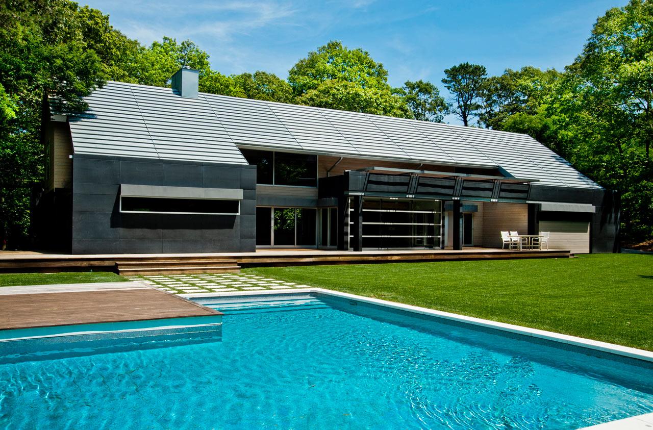 An East Hampton Home Takes a Modern Approach