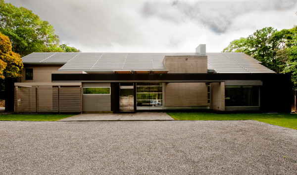 An East Hampton Home Takes a Modern Approach in main architecture  Category