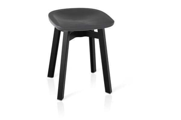 Emeco_SU-Collection-Nendo-Outdoor-Table-Stool-3