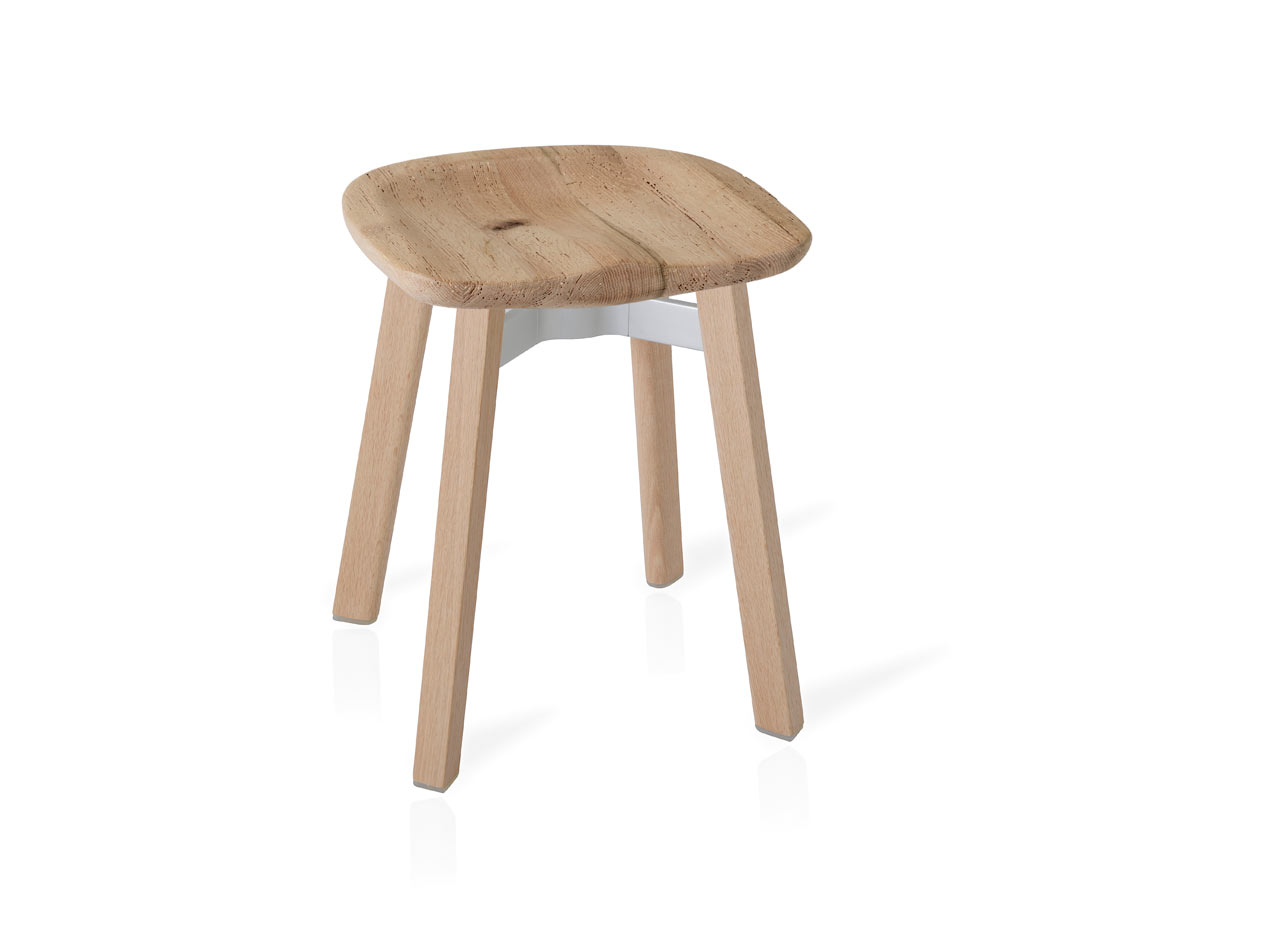 Emeco_SU-Collection-Nendo-Outdoor-Table-Stool-4a