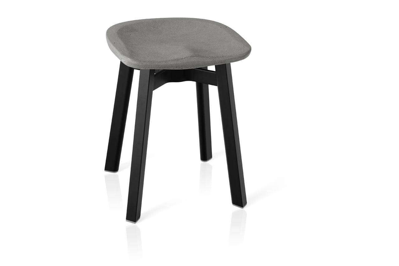 Emeco_SU-Collection-Nendo-Outdoor-Table-Stool-5