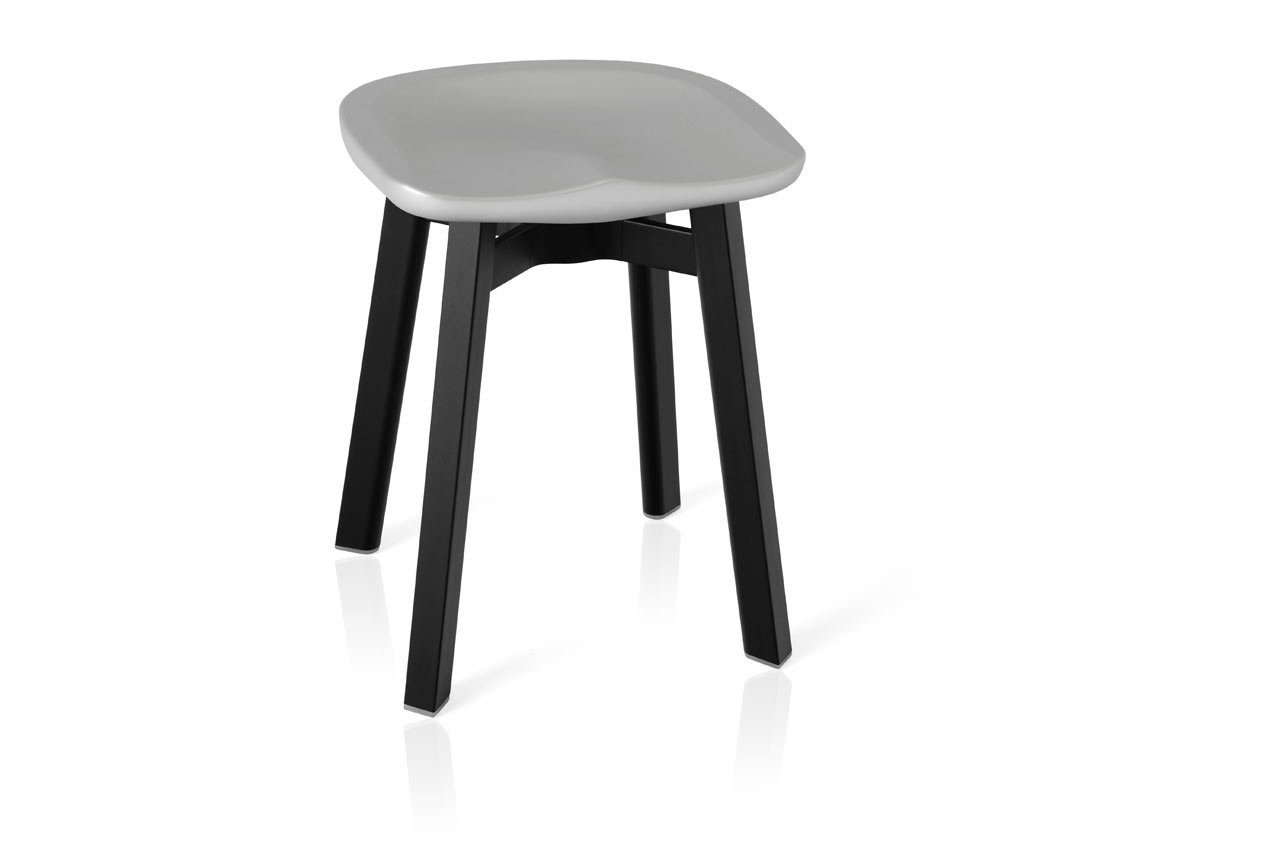 Emeco_SU-Collection-Nendo-Outdoor-Table-Stool-6
