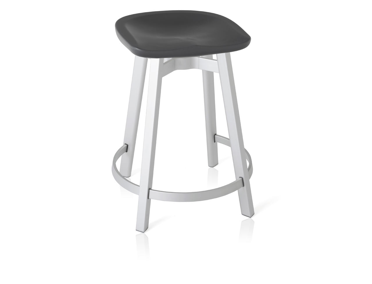 Emeco_SU-Collection-Nendo-Outdoor-Table-Stool-7-counter