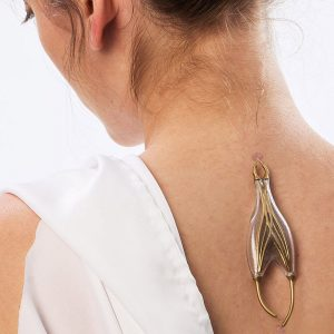Naomi Kizhner's Parasitic Powered Jewelry