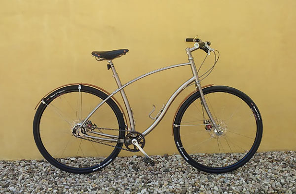 F5-Roger-Ferris-3-budnitz-bike