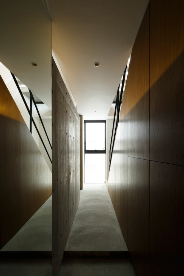 FRAME-House-APOLLO-Architects-10