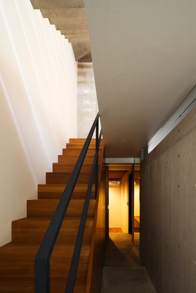 FRAME-House-APOLLO-Architects-11