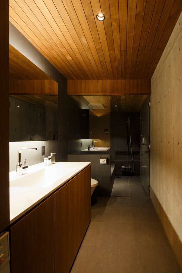 FRAME-House-APOLLO-Architects-13