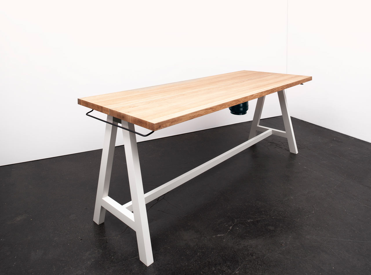 Moritz-Putzier-Cooking-Table-2