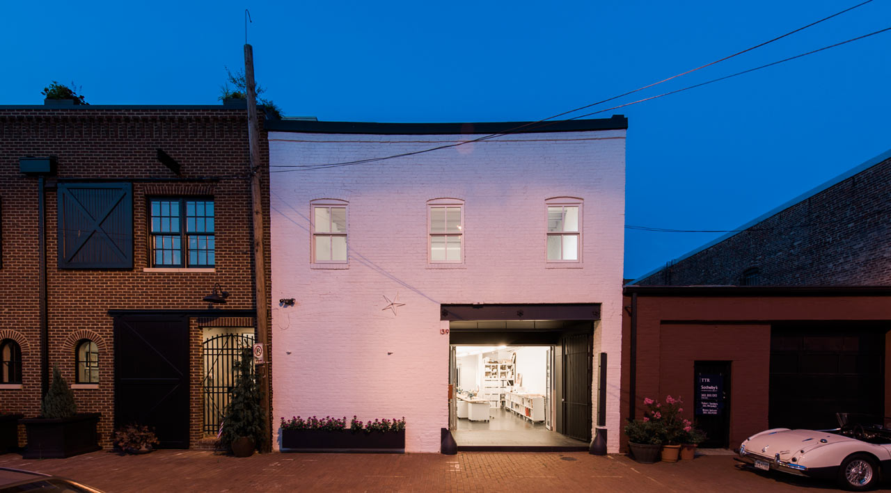 An 1800 S Horse Stable Becomes A Studio With A Home Above