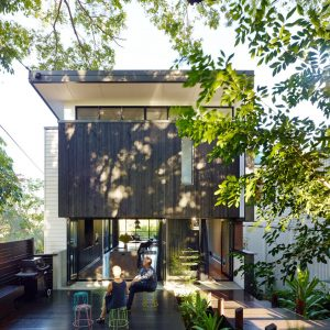 Contemporary Home in Historical Australian Neighborhood