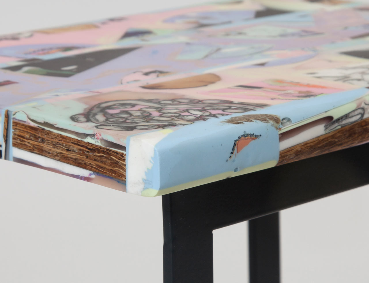 Resin-Stool-Chen-Chen-Kai-Williams-1