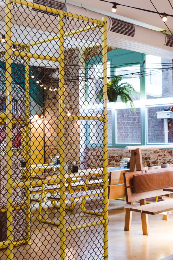 Techne-Architects-Fonda-Restaurant-15