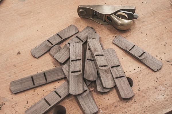 The-Bowtie-wood-TAKD-Design-10