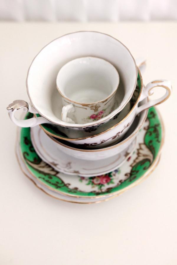 Where-I-Work-Alissia-Melka-Teichroew-byAMT-3-cups
