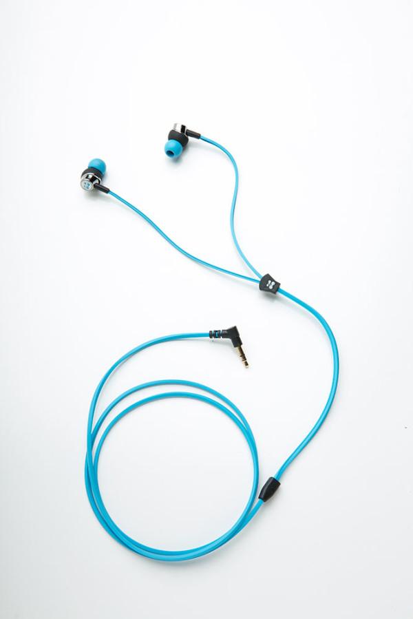 Zipbuds-Slide-Earbuds-4d
