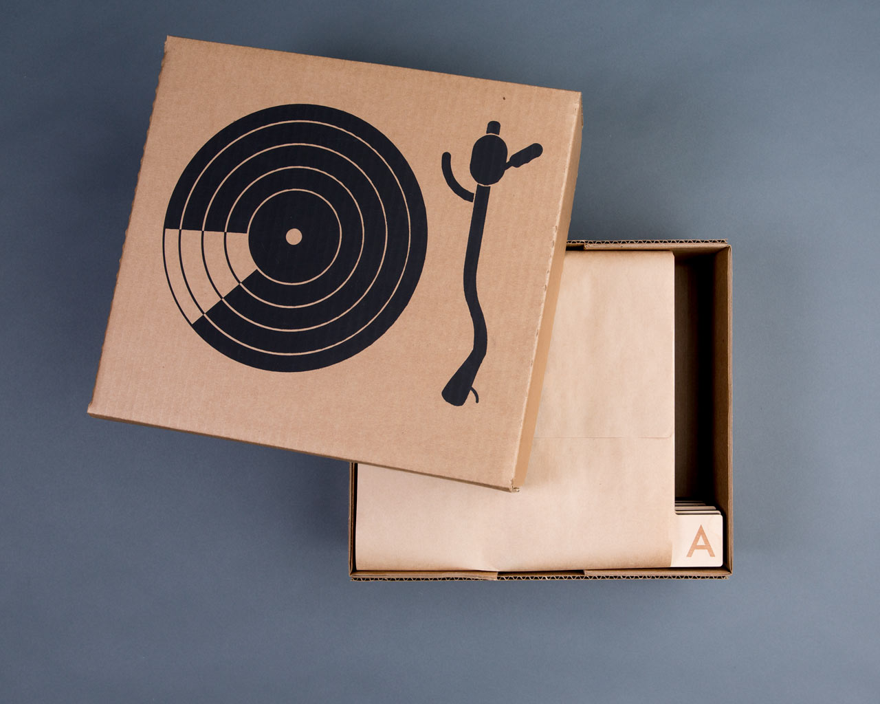 a-z-wood-record-dividers-Horizontal-Futura-packaging