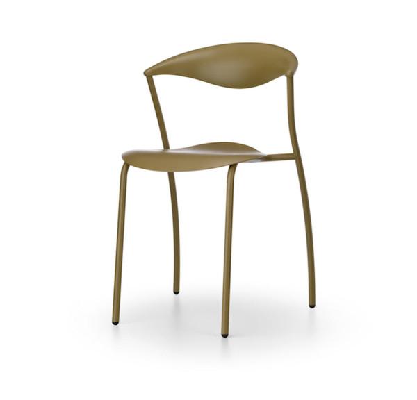 ames-outdoor-dreki-chair-table-11