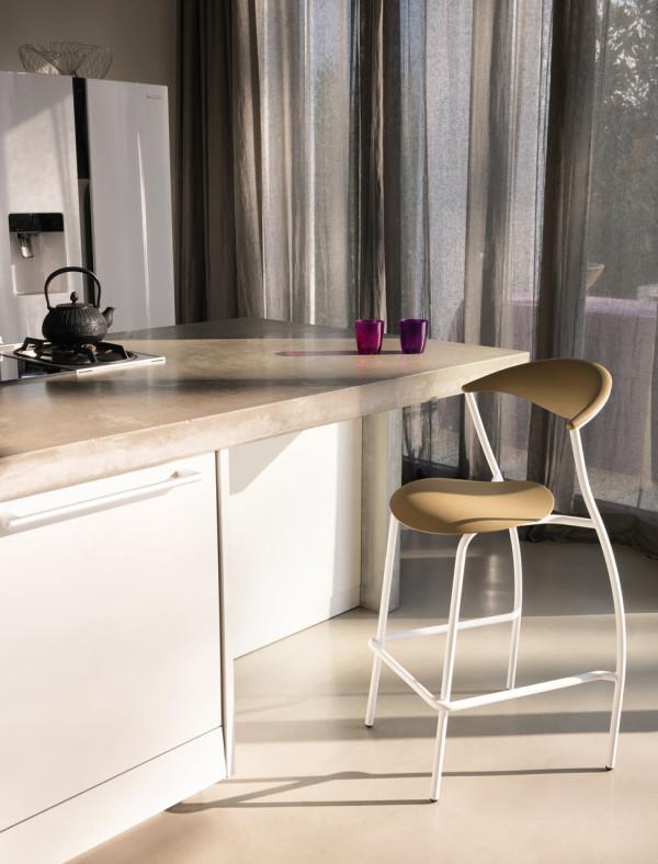 ames-outdoor-dreki-chair-table-12