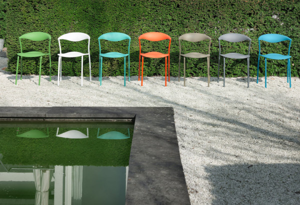 ames-outdoor-dreki-chair-table-3
