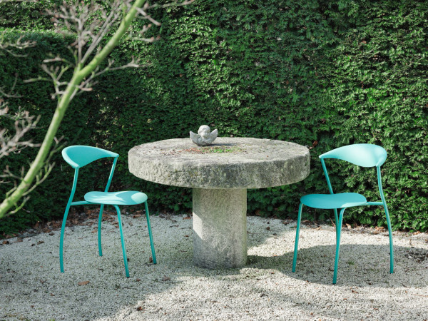 ames-outdoor-dreki-chair-table-4
