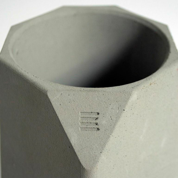 corvi-wine-cooloer-concrete-detail