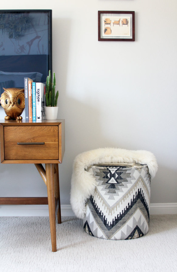 design-house-milk-guest-desk-footstool