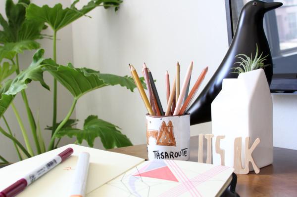 design-house-milk-guest-room-desk-detail
