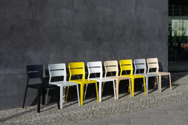 schneiderschram_SATSUMA-orange-crate-chair-6