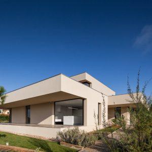 Belas I House by Estúdio Urbano Arquitectos