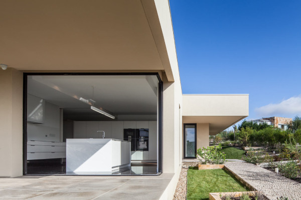 Belas-House-Estudio-Urbano-Arquitectos-9