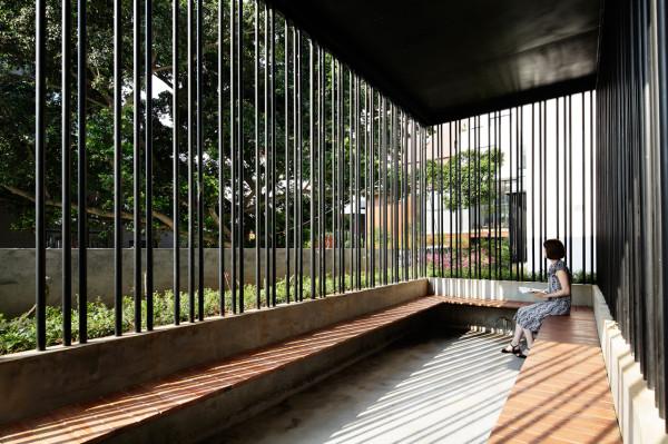 destin hotelwind_team bldg 17 meeting - Minimalist Hotel Design