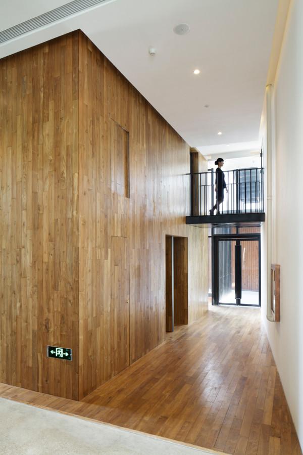 destin hotelwind_team bldg 2a - Minimalist Hotel Design