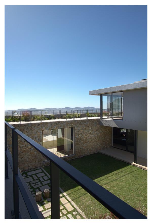 Hillside-House-GASS-Architecture-8