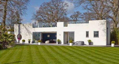 A Renovated, Bauhaus-Style House in Hamble-le-Rice